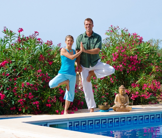 Yogalehrer Mallorca Julia und Frank